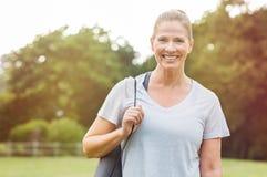 健身成熟妇女 免版税库存照片