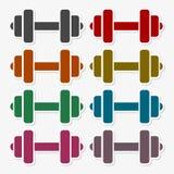 健身房哑铃平的设计,被设置的颜色象 库存例证
