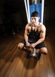 健身房的人 免版税库存图片