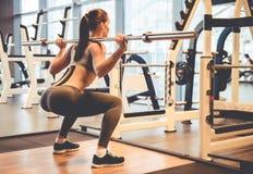 健身房的妇女 图库摄影
