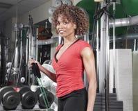 健身红顶妇女 免版税库存图片