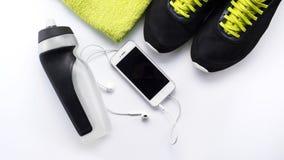 健身设备和健康营养 免版税库存图片