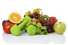 健身设备和健康食物 库存照片