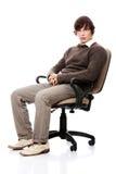 偶然椅子人年轻人 免版税库存照片