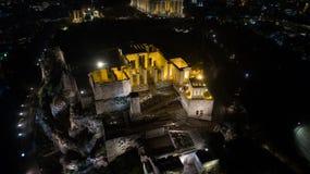 偶象古老上城小山空中夜录影和帕台农神庙在晚上,雅典历史的中心 库存图片