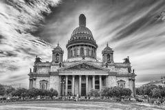 偶象圣徒以撒的大教堂在圣彼德堡,俄罗斯 库存图片