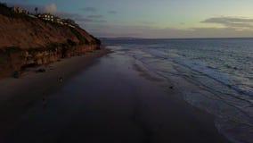 偶象海浪和海滩场面Encinitas加利福尼亚 股票视频