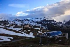 偶象马塔角和积雪覆盖的多山风景在Gornergrat火车站近处,策马特,瑞士,欧洲 库存图片
