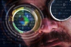 偷看在数据流-乱砍与未来派人的概念 库存照片