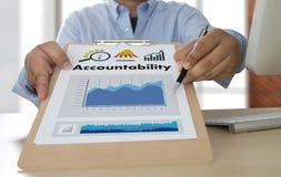 责任储蓄帐户金钱全球性财务计算t 库存照片