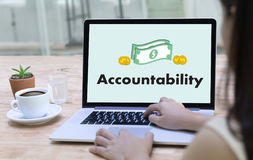 责任储蓄帐户金钱全球性财务计算t 免版税库存照片