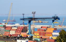 傲德萨海港的,乌克兰集装箱码头 图库摄影