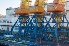 傲德萨,乌克兰- 2017年1月02日克兰船坞 免版税库存照片