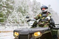傲德萨,乌克兰- 2015年12月15日:在ATV的边防卫兵 免版税库存照片