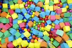 儿童与水池的` s幻灯片颜色 库存照片