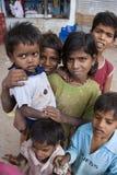 儿童印度贫寒街道 库存照片