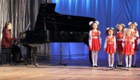 儿童唱诗班s 免版税图库摄影