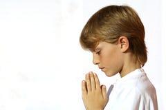 儿童基督徒祈祷 免版税库存图片