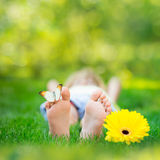 儿童愉快的公园春天 图库摄影