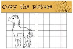 儿童比赛:复制图片 一点逗人喜爱的驹 库存图片