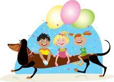 儿童狗骑马 免版税库存照片