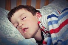 儿童睡觉 免版税库存图片