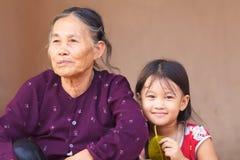 儿童祖母越南 免版税库存照片