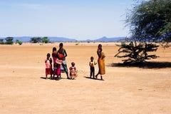 儿童肯尼亚turkana妇女 免版税图库摄影