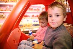 儿童超级市场 图库摄影