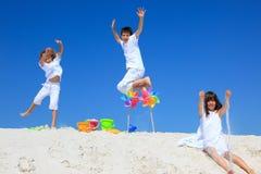儿童轮转焰火沙子 免版税库存照片