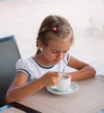 儿童饮用的可可粉 图库摄影