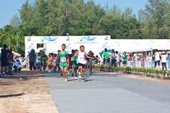 儿童马拉松开始 免版税库存照片