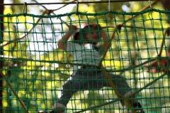 儿童登山人训练 免版税库存图片
