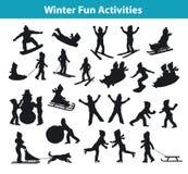 儿童` s冬天在冰和雪剪影集合收藏的乐趣活动 免版税库存图片