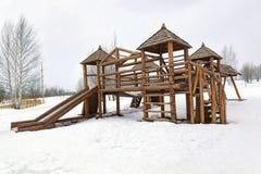 儿童` s领域的比赛小屋 免版税库存图片