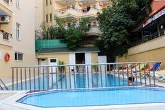 儿童` s水池在Kleopatra海滩旅馆阿拉尼亚,土耳其里 库存图片