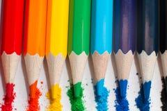 儿童` s画的颜色铅笔 图库摄影