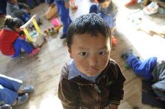 儿童s西藏人村庄 免版税库存图片