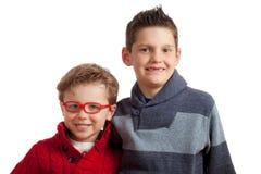 兄弟二个年轻人 免版税库存照片