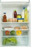 充分冰箱 库存图片