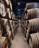 充分地窖港酒桶,加亚新城,葡萄牙 图库摄影