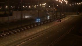 充分城市高速公路在平衡的录影的汽车 股票视频