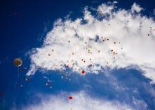 充分天空Baloons #5 免版税库存图片