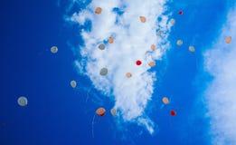 充分天空Baloons #3 免版税库存图片