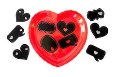 充分心形的盘浪漫讲话泡影和心脏 免版税图库摄影