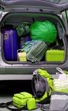 充分汽车行李袋子 免版税库存照片