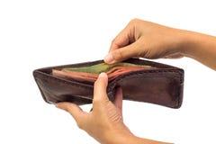 充分泰国金钱在棕色皮革钱包里 免版税库存图片