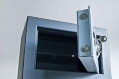 充分的安全的保险箱视图 库存图片