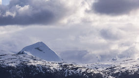 充分的山雪冬天 免版税库存照片