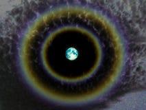充分的长久和双重彩虹在夜空循环 库存照片